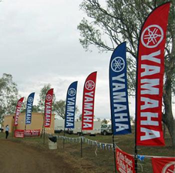 Flying Yamaha Advertising Swooper Flag With Aluminium Pole